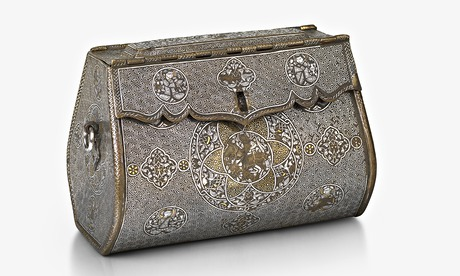 World's Oldest Known Handbag – 700 Years Old Courtauld Bag